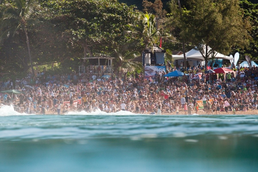 More and more fans came down as the day progressed.   © ASP / Cestari