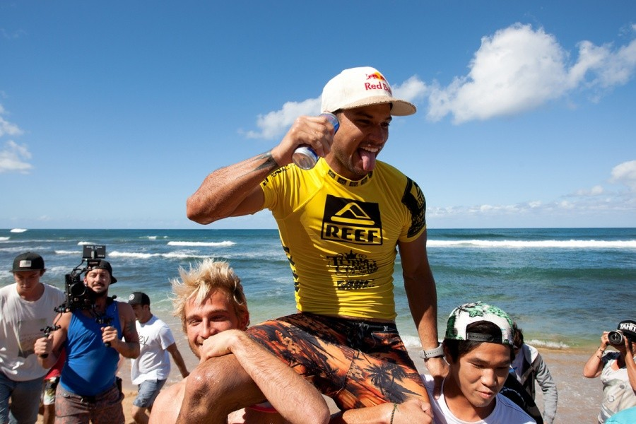 Victory seat for the Champion Michel Bourez (PYF).   © ASP / Cestari