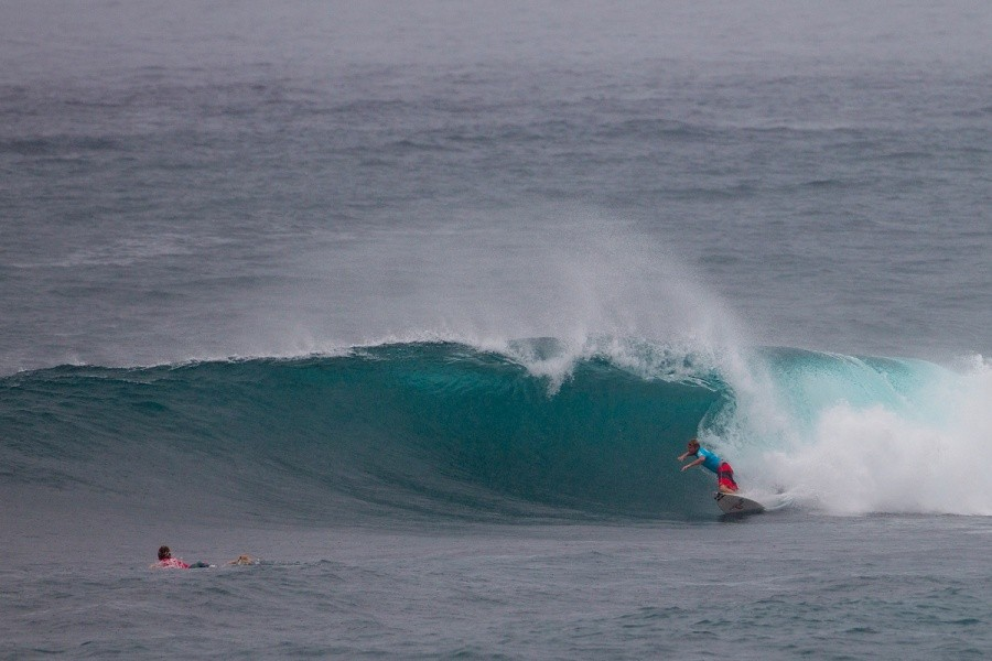 Taj Burrow securing a place in the quarterfinals.    © ASP / Kirstin