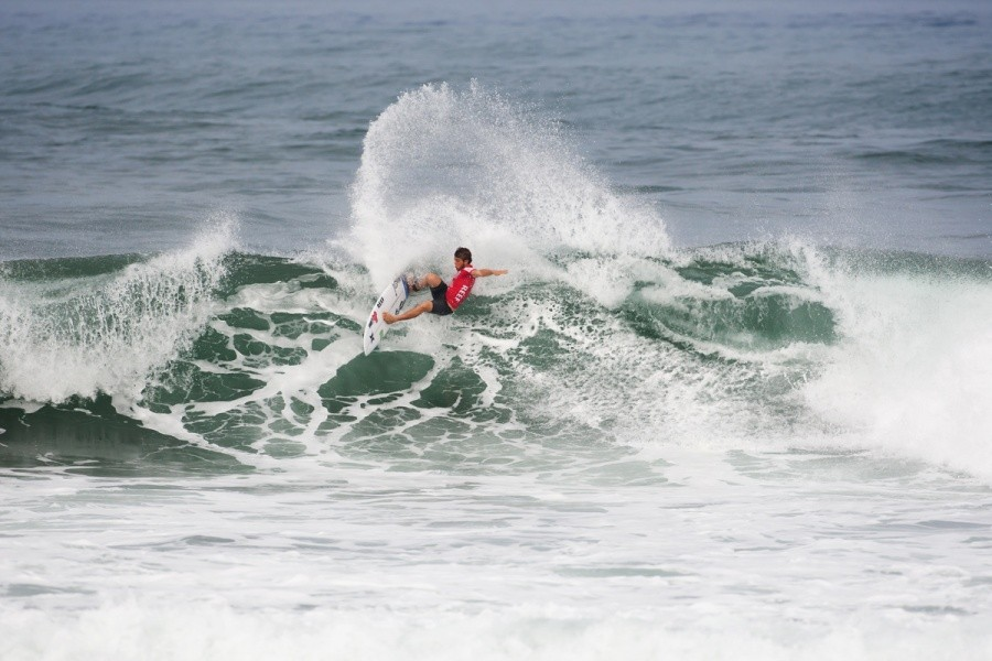 Conner Coffin (USA) powered his way into second place and into the next round.   © ASP / Cestari
