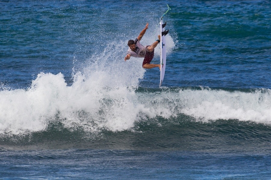 Mitch Coleborn (AUS) pulled off one of the best airs of the event but it wasn't enough to advance.   © ASP / Rowland