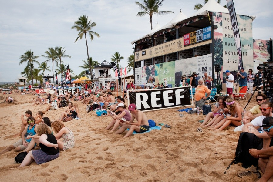 Come down and watch the action at the REEF Hawaiian Pro at Haleiwa.   © ASP / Cestari