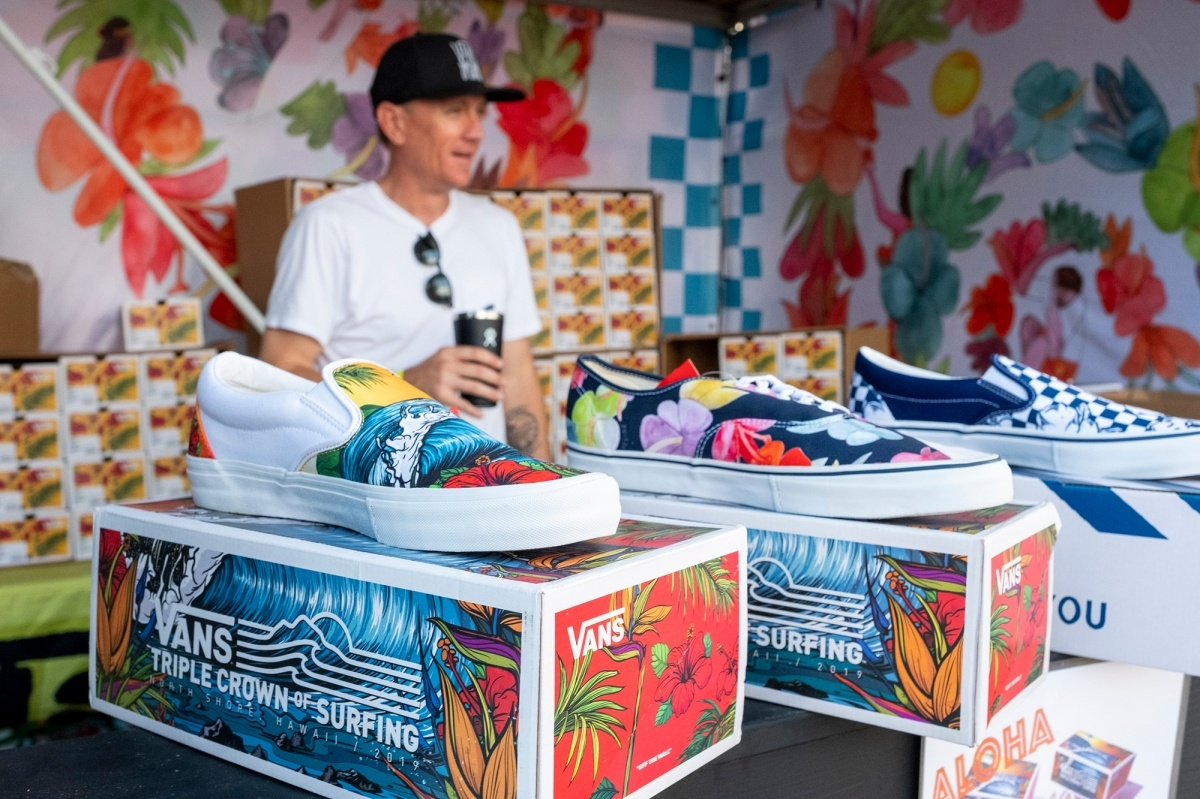 Vans tent at the Vans World Cup of Surfing.   © WSL / Keoki