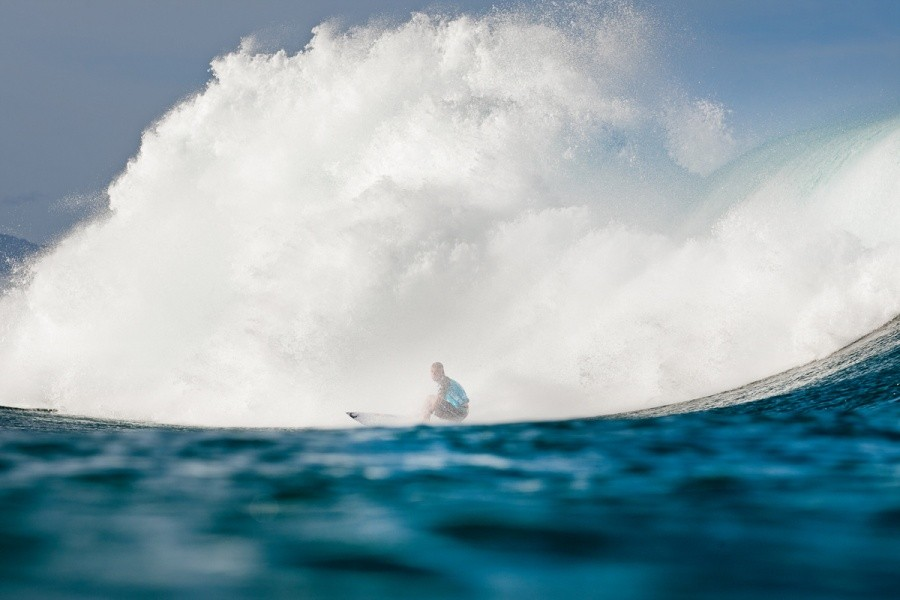 For 29 minutes of the 30 minute Round 5 heat Mick Fanning (AUS) seemed a little lost scratching for the high scoring rides but at the end pulled it out the bag.   © ASP / Cestari