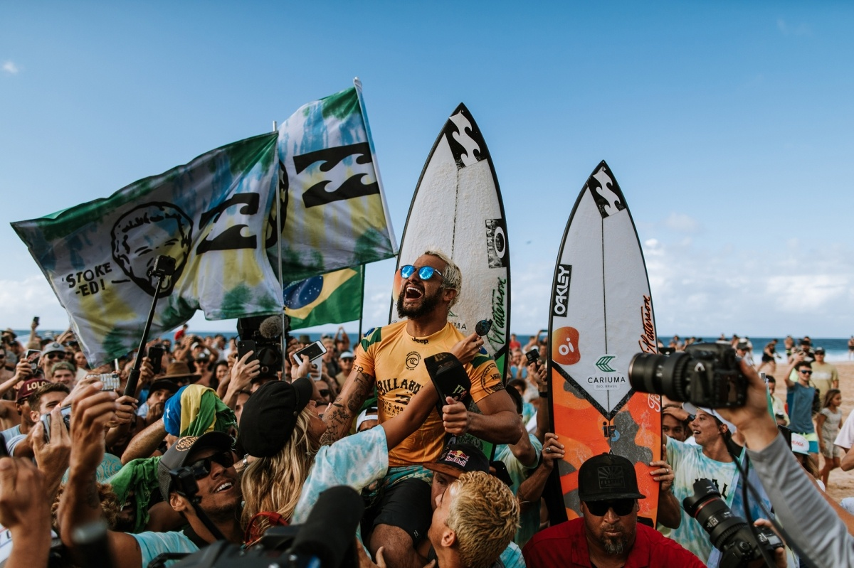 2019 Billabong Pipe Masters and World Champion Italo Ferreira.   © WSL / Sloane