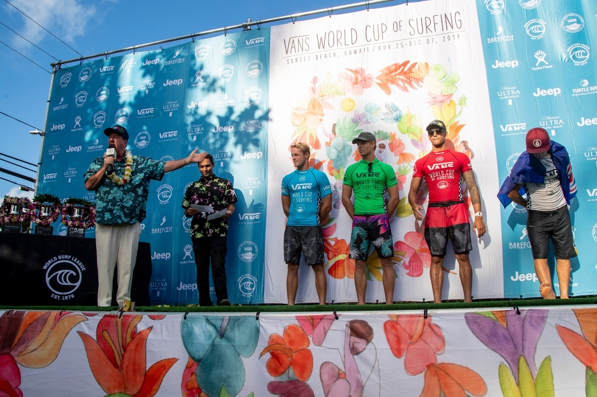 Steve Van Doren and event finalists.   © WSL / Heff