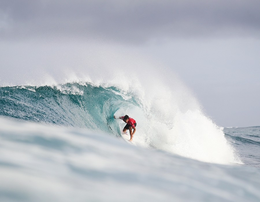 Jeremy Flores placed second in Heat 1 of Round Four.   © WSL / Cestari