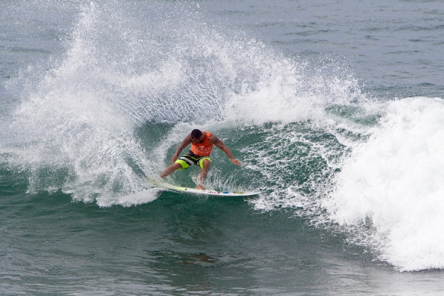 Sunny Garcia (HAW) claimed the battle of the legends today!   © ASP / Rowland