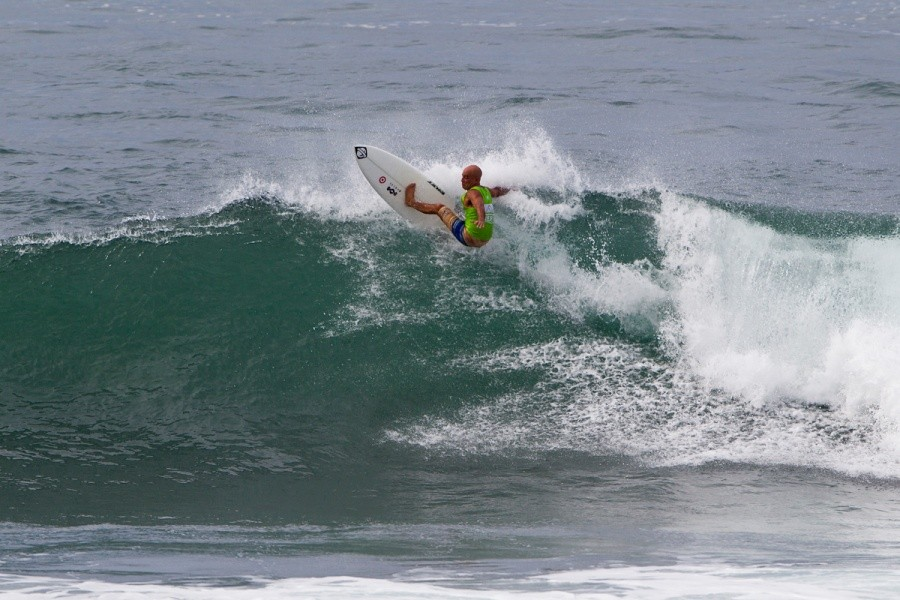 56 year old Hawaiian Legend Mike Ho placed 3rd in the Battle of The Legends today.   © ASP / Rowland