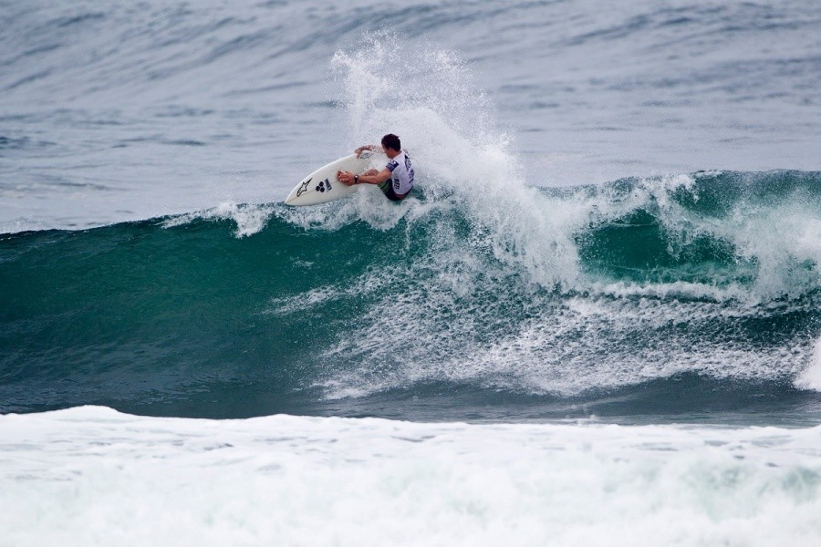 Local Surfer Kiron Jabour had a tough heat competing against some of the highest wave scores of the day   © ASP / Rowland