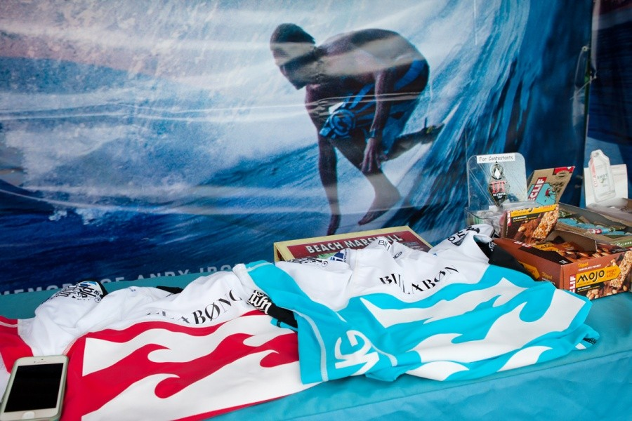 Billabong Pipe Masters in Memory of Andy Irons will be using the duel heat format again.   © ASP / Cestari