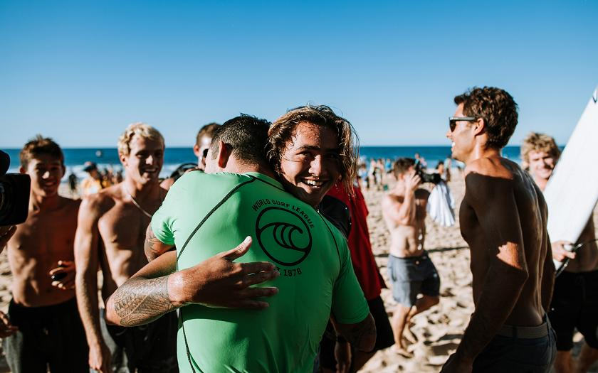 Billy Kemper and Imaikalani deVault Claim Wildcard Spots into the Billabong Pipe Masters