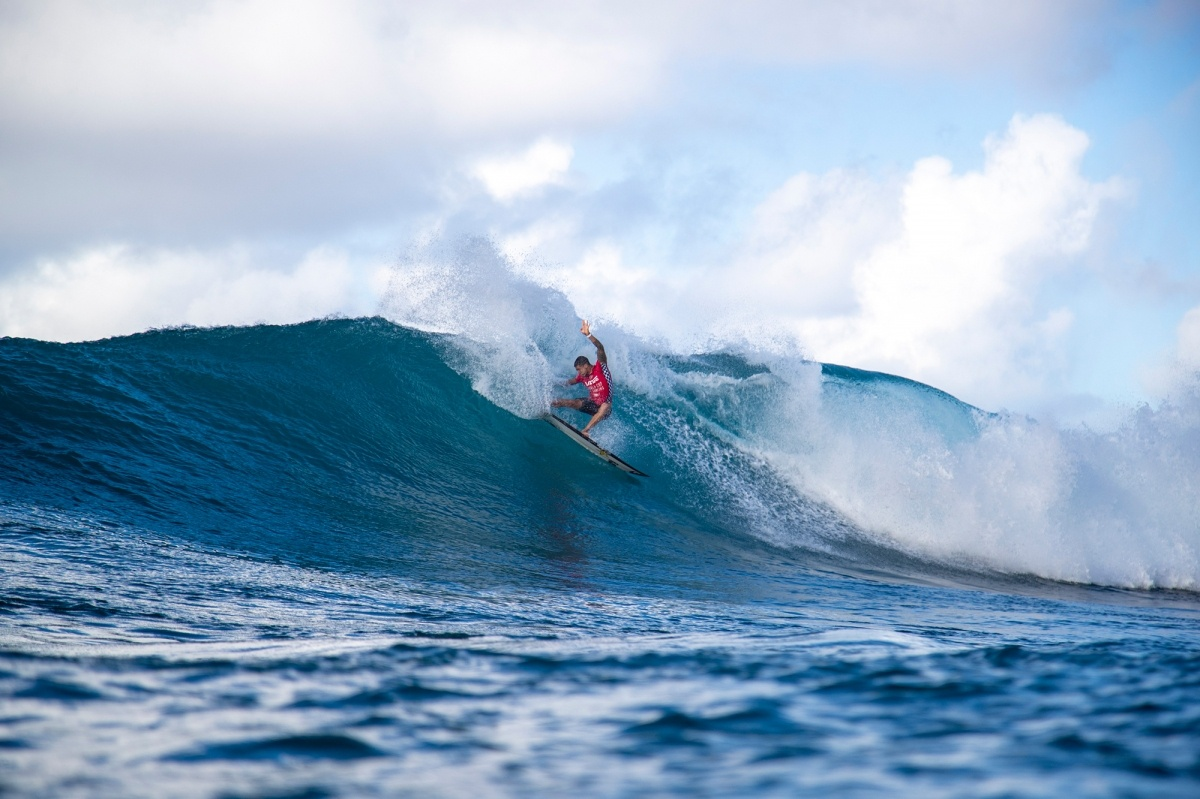 Vans World Cup runner up, Ezekiel Lau.   © WSL / Heff