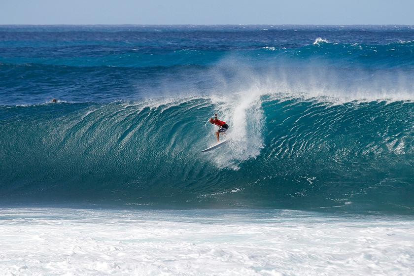Billabong Pipe Masters Final Day Called ON, World Title Decided Today