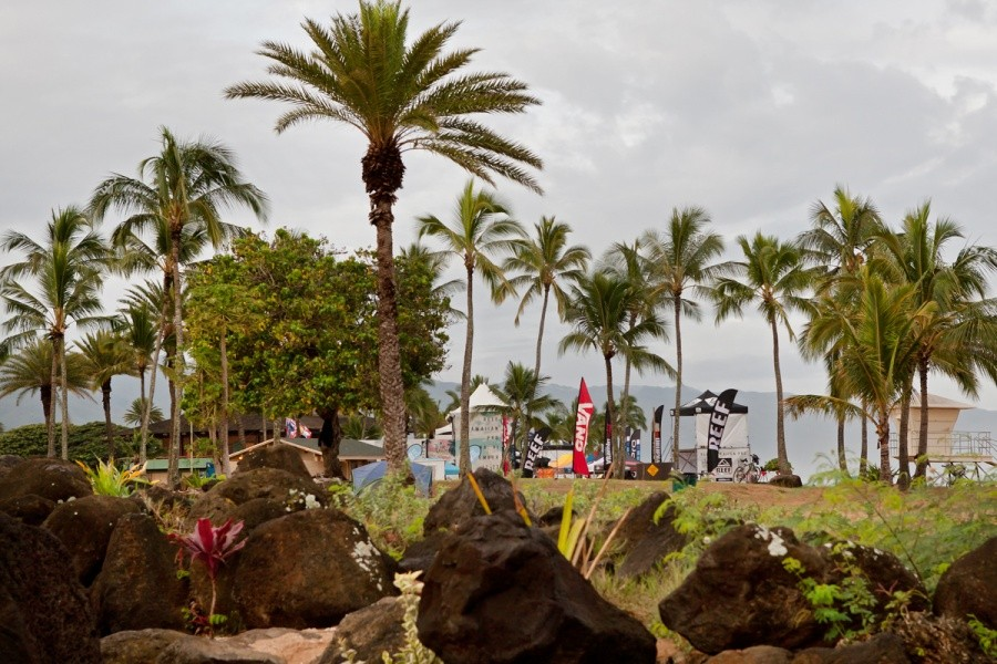 Ali'i Beach Park is a pretty place, come down to the REEF Hawaiian Pro at Haleiwa and have a look for yourself.   © ASP / Cestari