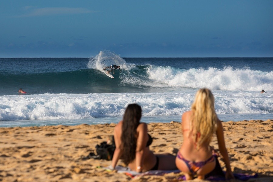 Small, rippable waves on offer.   © ASP / Kirstin