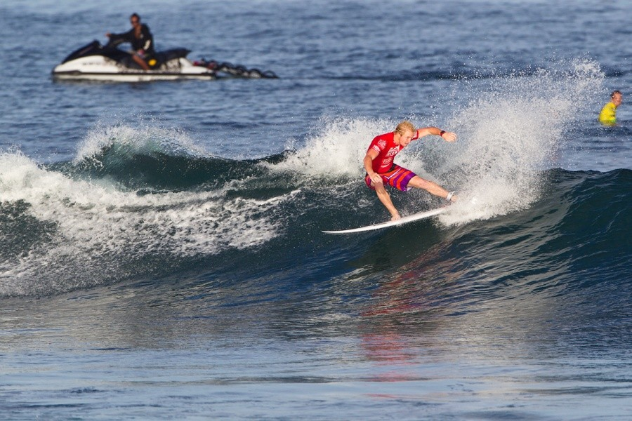 Nat Young will compete in heat 1 on the next day of competition.   © ASP / Rowland